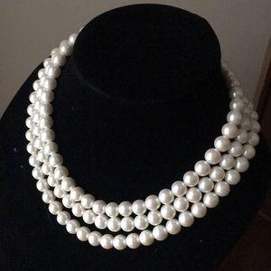 Jewelry - 💥SALE💥 Faux Pearl Set